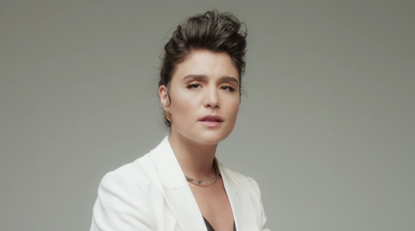 Night lights jessie ware - Jessie Ware Can Seem To Do No Wrong Her Video For Wildest Moments Is Simple And To The Point Working To The Song S Strength It S Perfect