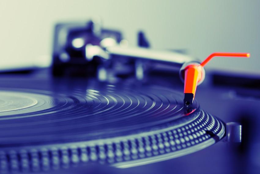 vinyl-record-player