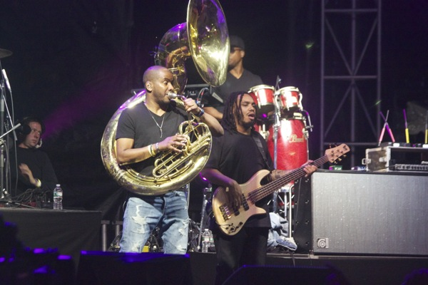 17_Nas and The Roots_Boston Calling 2014