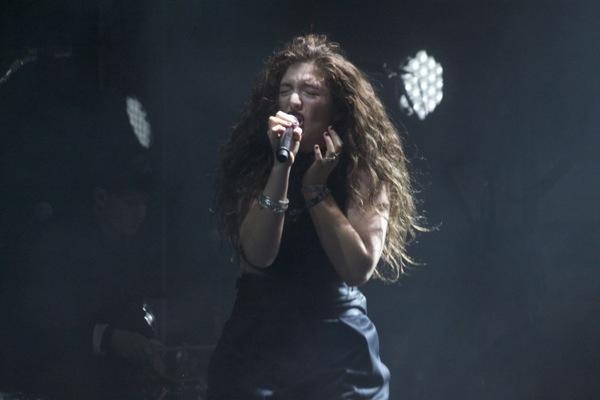 1_Lorde_Boston Calling 2014
