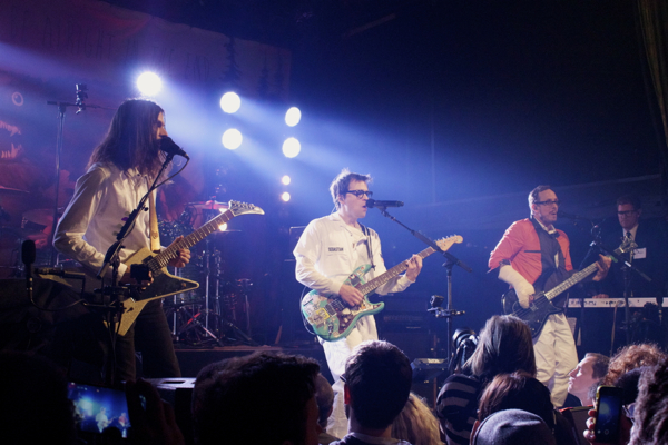 13_Weezer_Bowery