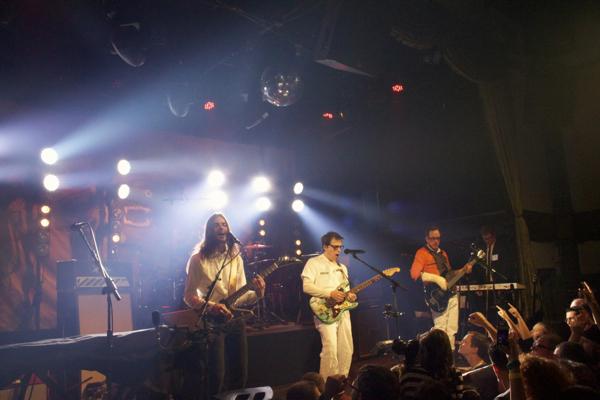 19_Weezer_Bowery