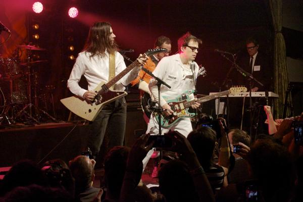 21_Weezer_Bowery