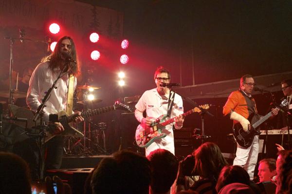 2_Weezer_Bowery