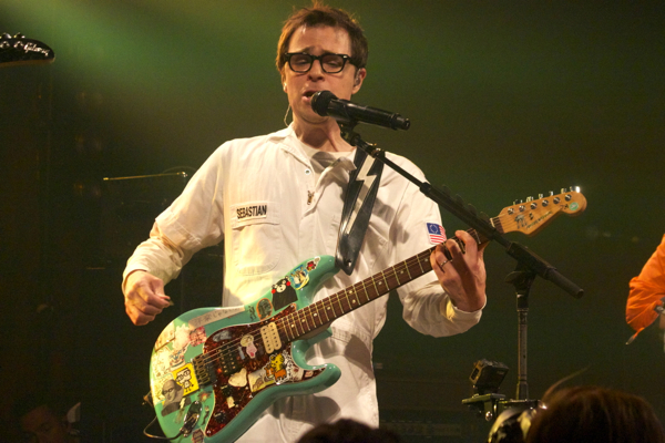 32_Weezer_Bowery