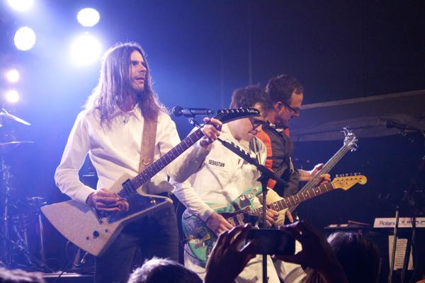 3_Weezer_Bowery
