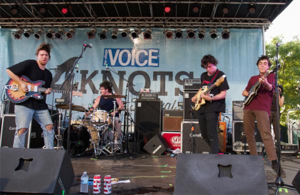 10_Twin Peaks_4Knots Music Festival 2015