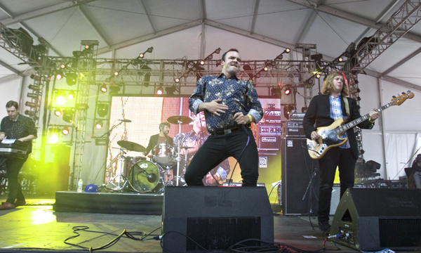 16_Future Islands_Governors Ball 2015
