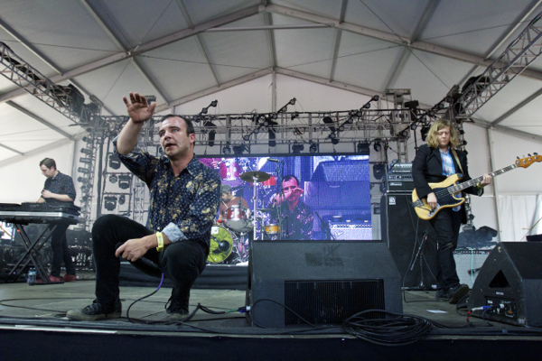 1_Future Islands_Governors Ball 2015