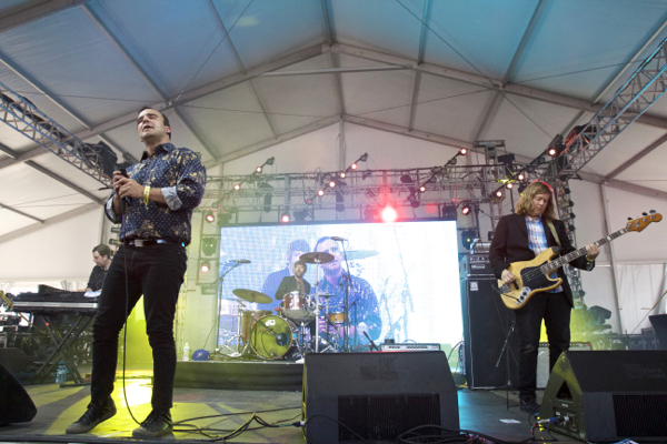 7_Future Islands_Governors Ball 2015