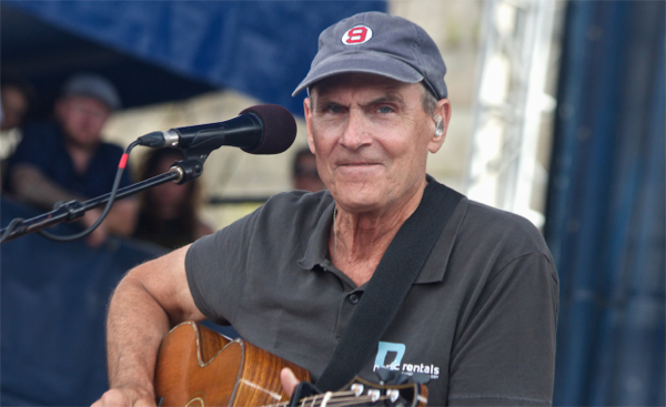 1_James-Taylor_Newport-folk-Festival-2015