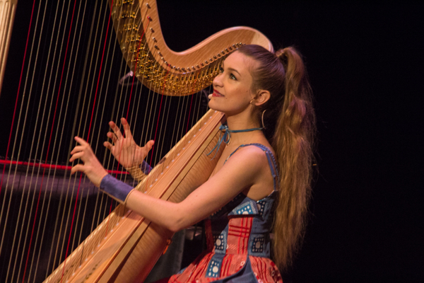 1_Joanna Newsom_The Apollo Theater