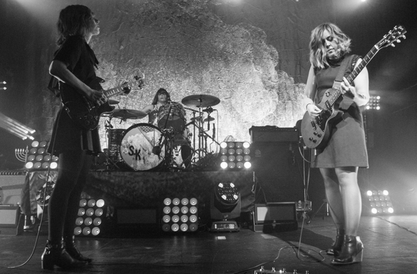 1_Sleater-Kinney_Terminal 5