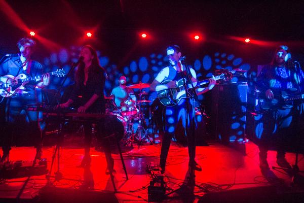 3_Babes_Mercury Lounge