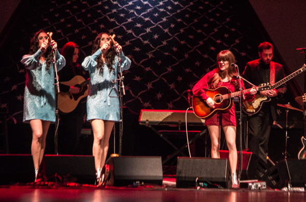 10_Jenny Lewis and the Watson Twins_Beacon Theatre