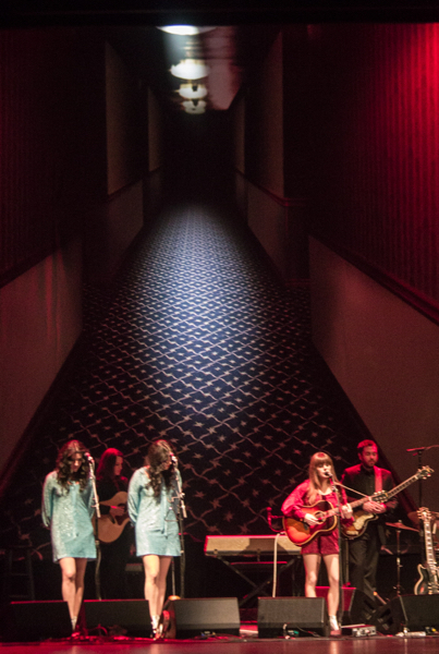 11_Jenny Lewis and the Watson Twins_Beacon Theatre