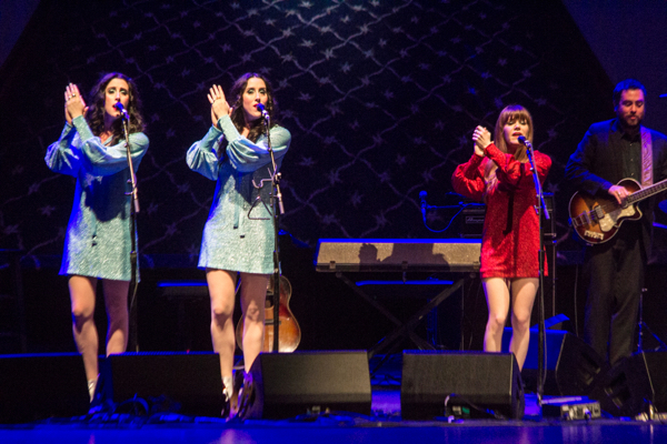 1_Jenny Lewis and the Watson Twins_Beacon Theatre