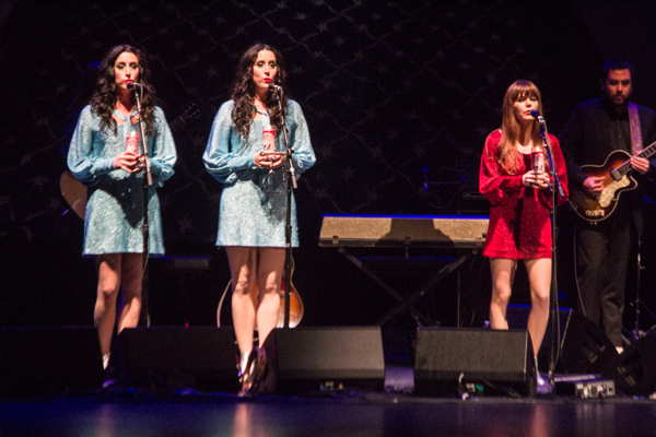 2_Jenny Lewis and the Watson Twins_Beacon Theatre