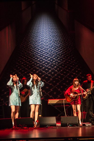 5_Jenny Lewis and the Watson Twins_Beacon Theatre