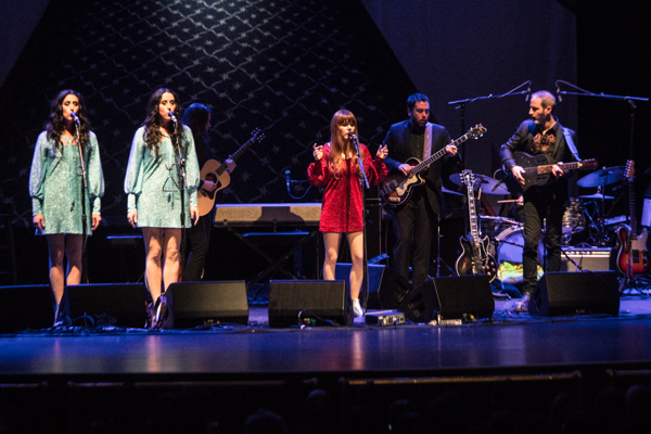 8_Jenny Lewis and the Watson Twins_Beacon Theatre