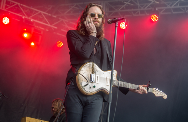 1_Father John Misty_Governors Ball 2016