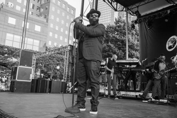 8_The Roots_Lowdown Hudson Music Fest 2016