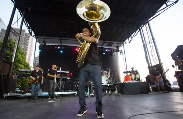 9_The Roots_Lowdown Hudson Music Fest 2016