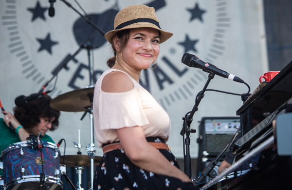 1_Norah Jones_Newport Folk Festival