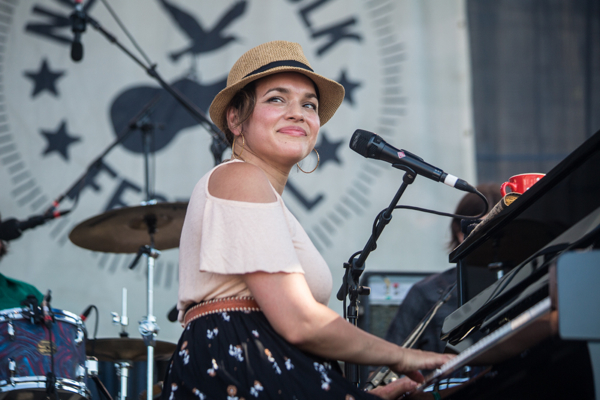 7_Norah Jones_Newport Folk Festival