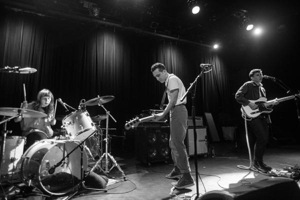 7_flasher_music-hall-of-williamsburg