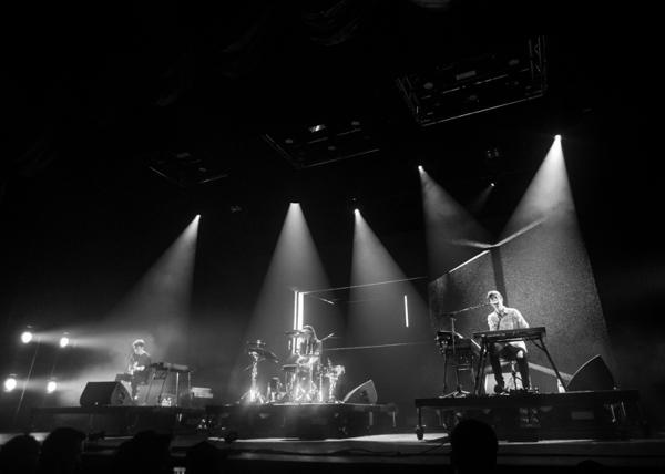16_james-blake_radio-city-music-hall