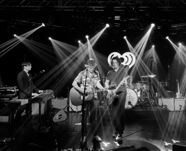 Photos / Review]: The Raconteurs at iHeartRadio Theater